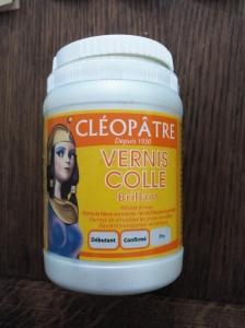 Vernis colle Cléopâtre