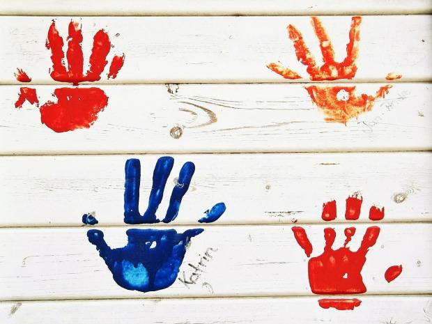 Peintures d'enfants, chacun sa couleur - from Pixabay